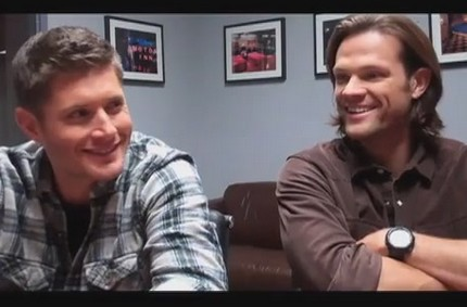 Huffingtonpost Set Interview With Jared and Jensen