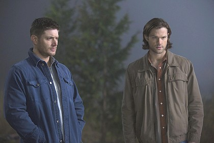"Supernatural 9.16 ""Blade Runners"" Episode Stills"